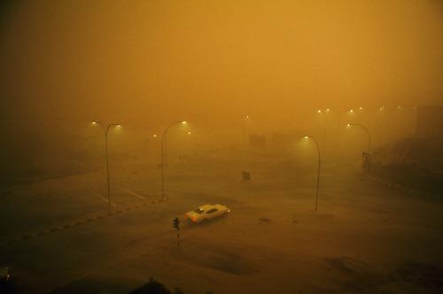 parcheggio nebbia