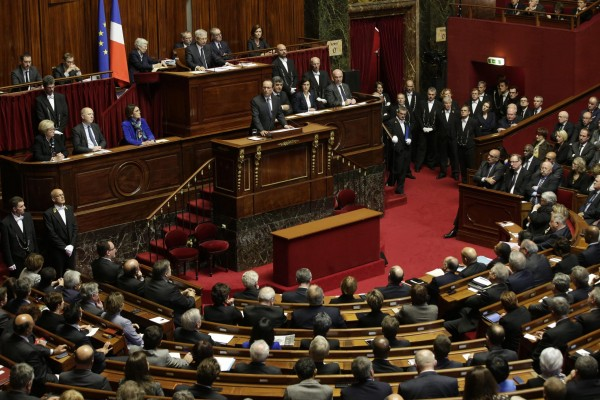 hollande-parlamento-e1447776742949