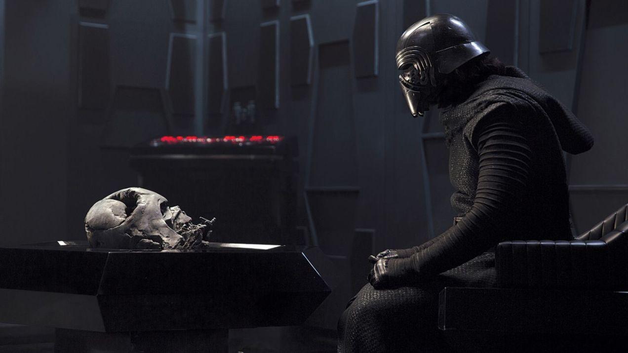 Kylo_Ren_chi_è_Ben-Solo_star-wars